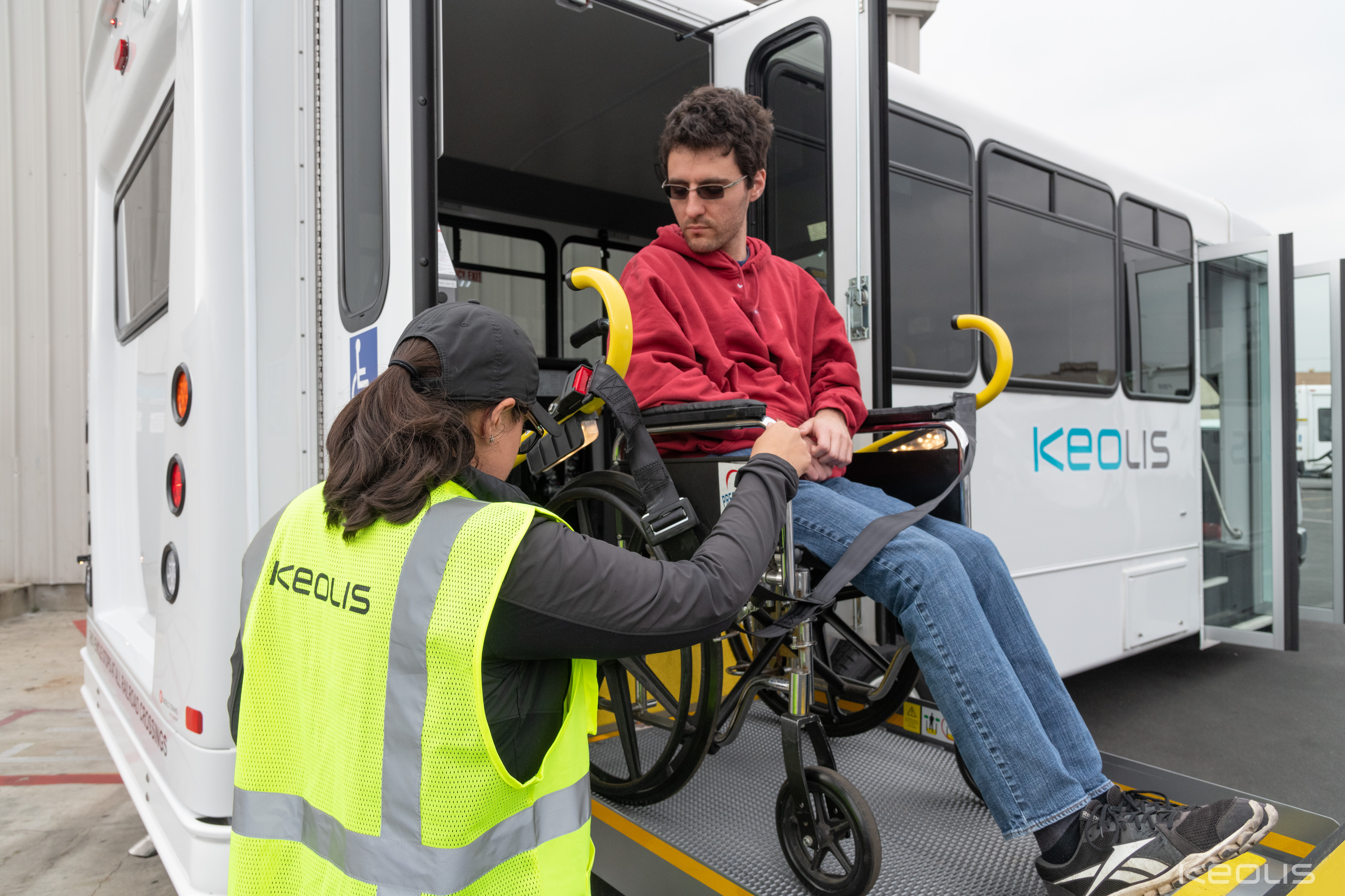 Van Nuys_Loading Passenger with Wheelchair